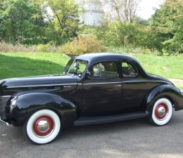 1940 Ford Deluxe Exterior