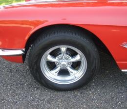 1962 Chevrolet Corvette Tires & Wheels