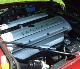 1996 Jaguar Engine