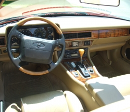 1996 Jaguar Interior