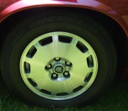 1996 Jaguar Wheels and Tires